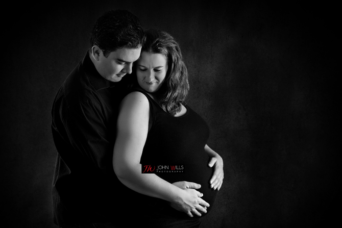Maternity Photographers in Guelph
