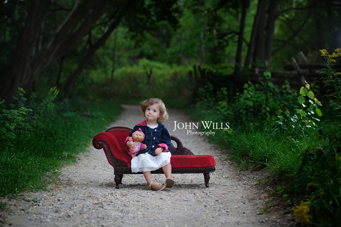 Little Red Couch Mini Sessions